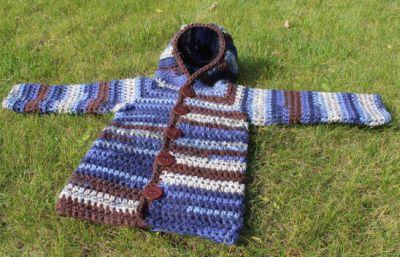 Háčkovaný svetr